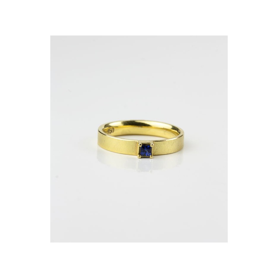 Michael Becker 10C - Ring - Yellow gold and sapphire