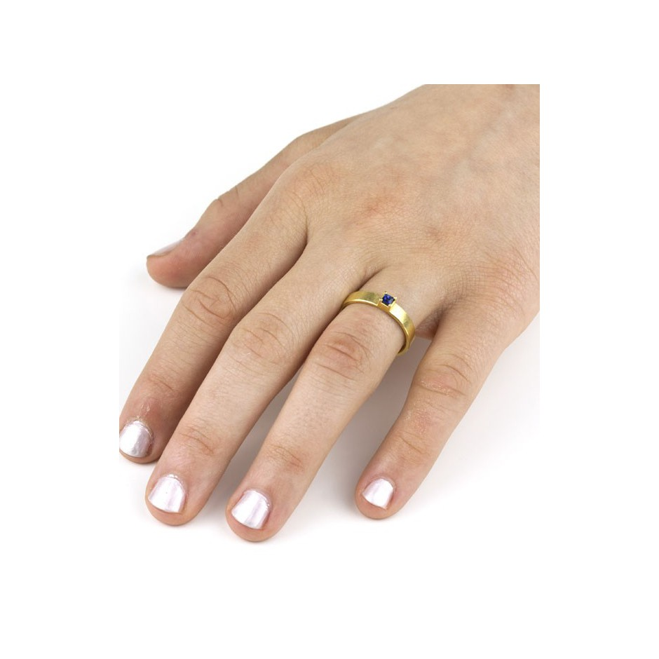 Michael Becker 10D - Ring - Yellow gold and sapphire