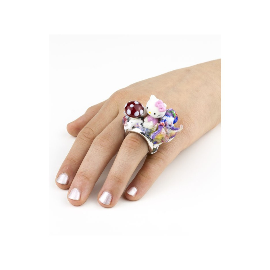 Barbara Uderzo 01D - Ring made of silver, freshwater pearl, plasic amanita and glass
