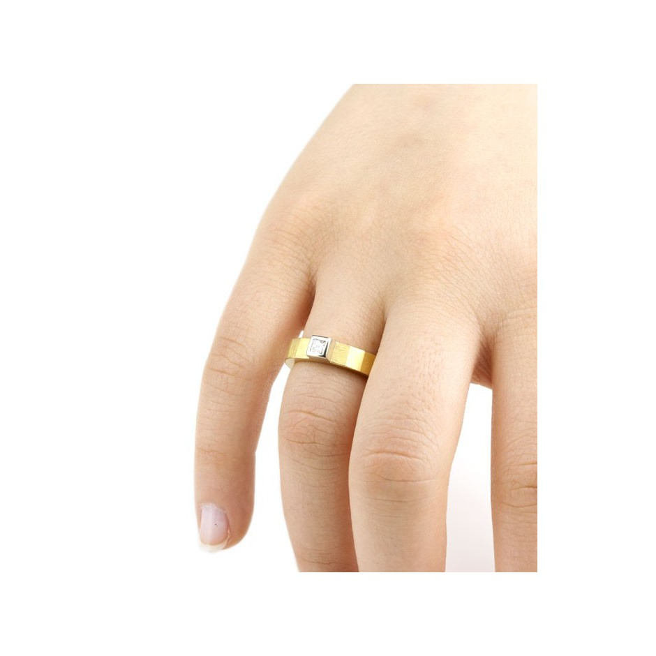 Josephine Wood 04E - Ring Gold and Diamond