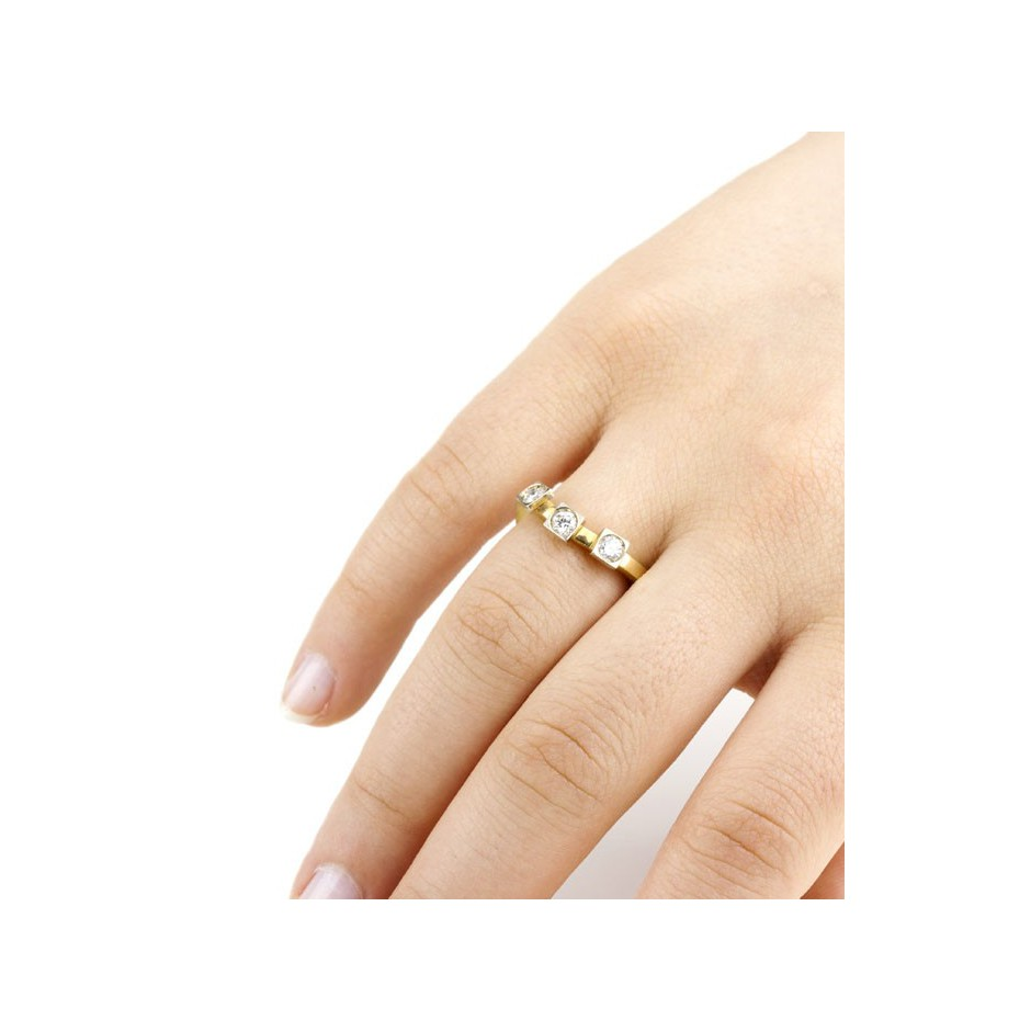 Josephine Wood 05D - Ring Gold and Diamond