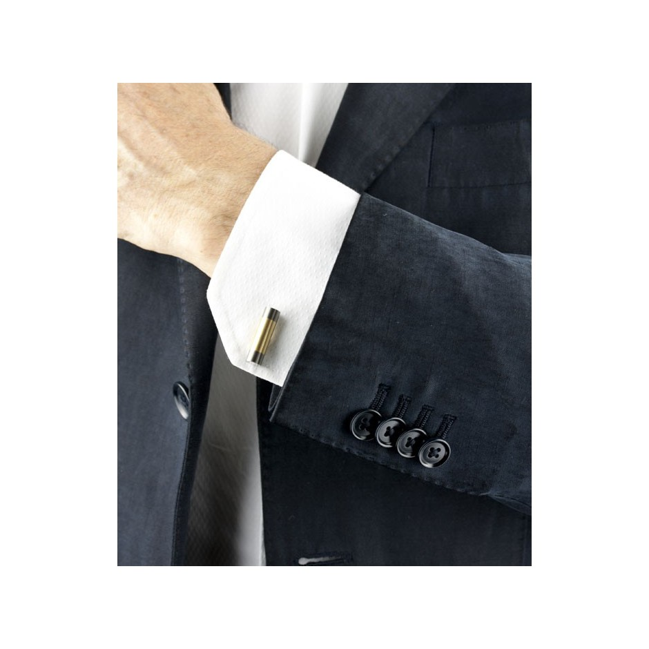 Carl Dau 05D - Limited edition – Cufflinks made of steel, titanium and yellow gold.