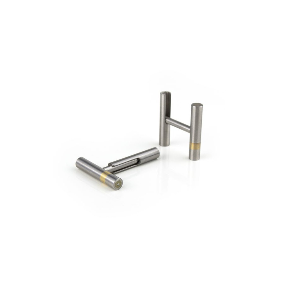Carl Dau 07B - Limited edition – Cufflinks made of steel and yellow gold.
