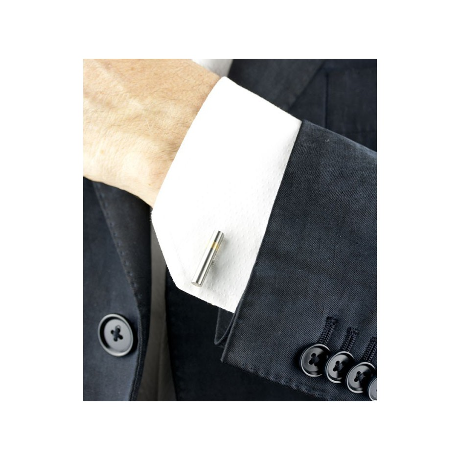 Carl Dau 07D - Limited edition – Cufflinks made of steel and yellow gold.