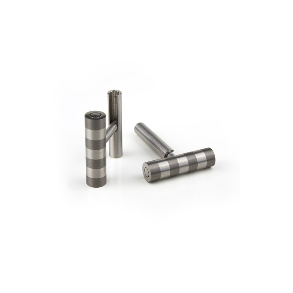 Carl Dau 11B - Limited edition – Cufflinks made of steel and titanium.