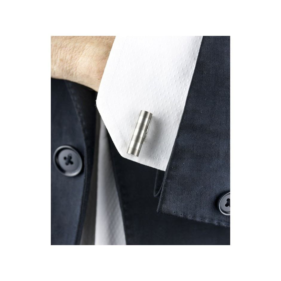Carl Dau 11D - Limited edition – Cufflinks made of steel and titanium.