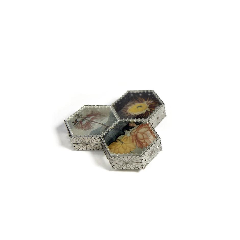 Chiara Scarpitti 11A - Correspondences – Brooch made of oxidized silver, steel, plexiglass, printed cloth and cotton thread.