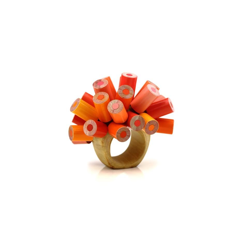 Maria Cristina Bellucci 20A - Ring - Unique piece - colored pencils and wood