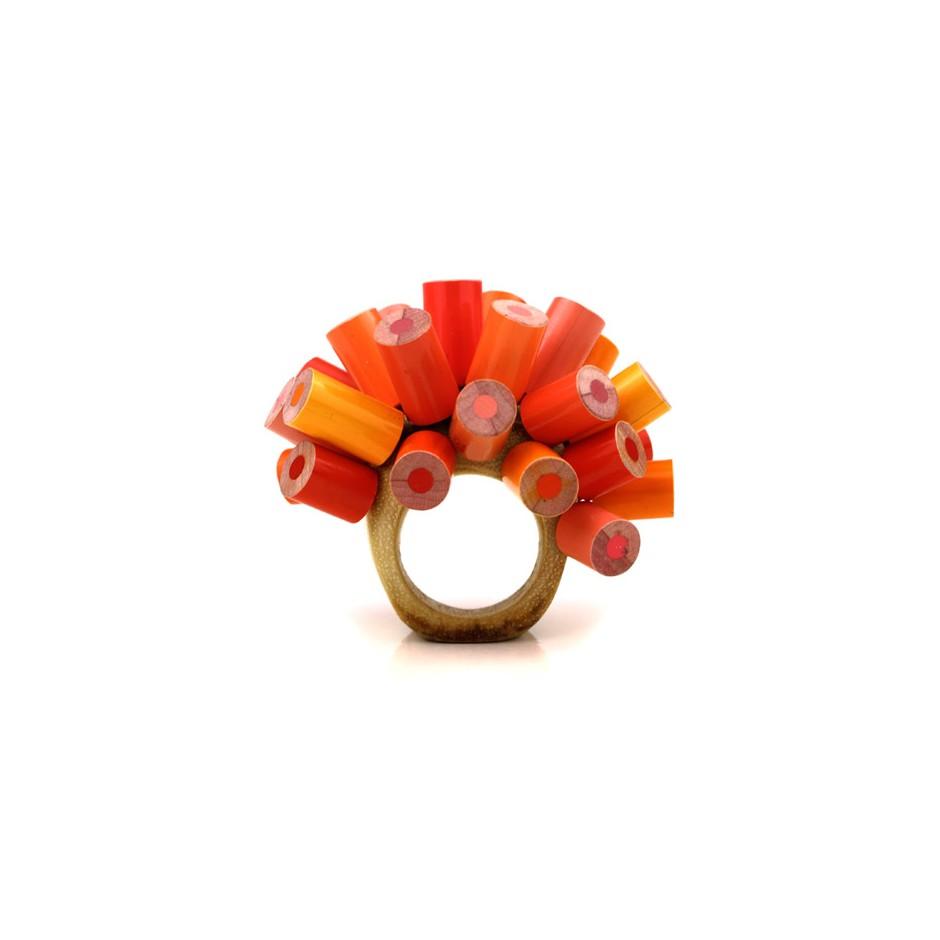 Maria Cristina Bellucci 20B - Ring - Unique piece - colored pencils and wood