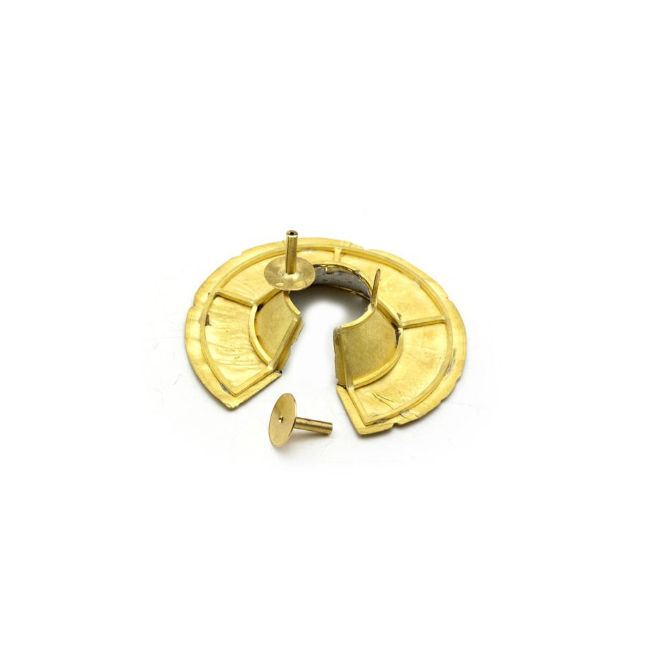 Adrean Bloomard 13C - Brooch - Unique piece - Made of gold and white enamel.