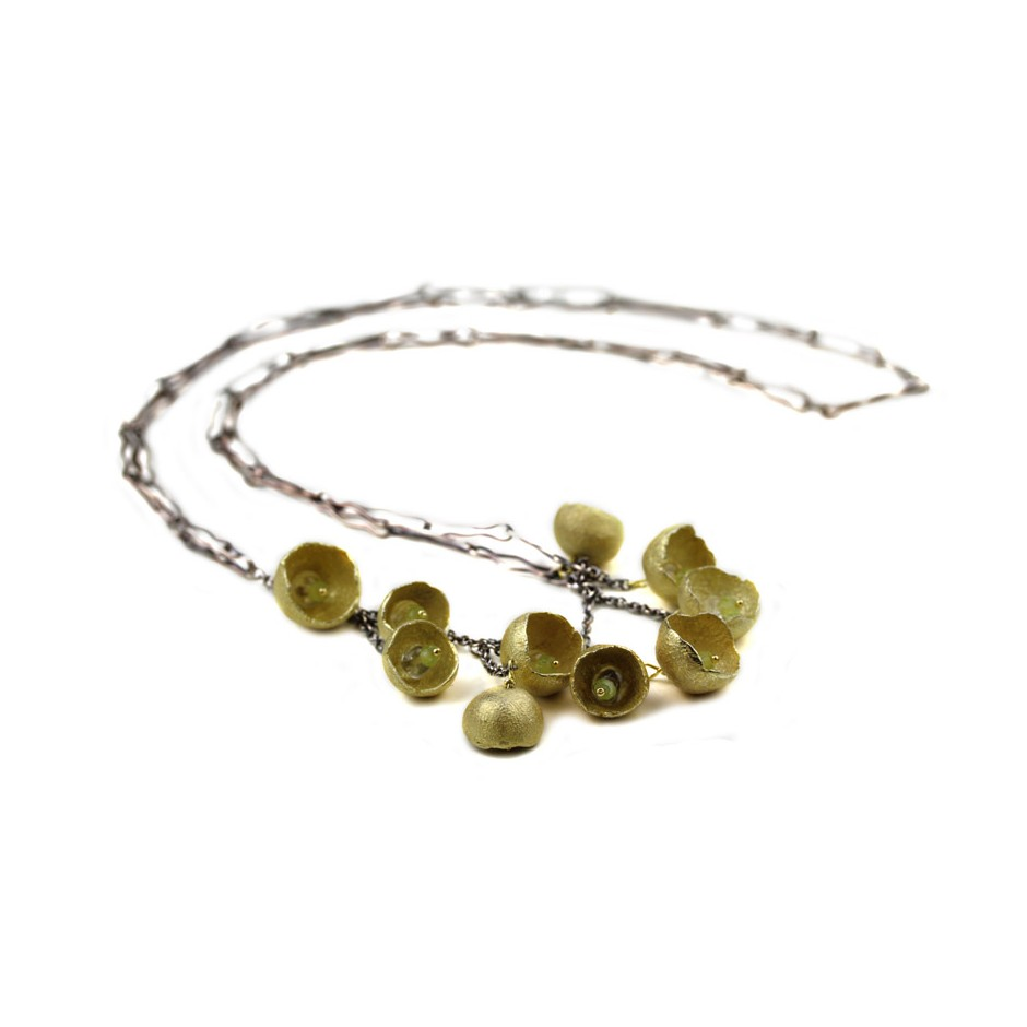 Margo Nelissen 24C - Unique piece - Necklace made of silver, silver gilt, yellow gold and peridot.