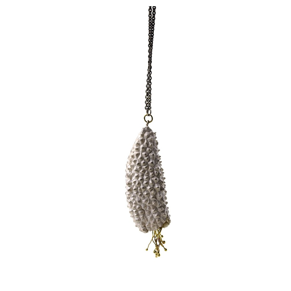 Margo Nelissen 27D - Unique piece - Prickly seed pod white - Necklace made of silver, oxidized silver and yellow gold.