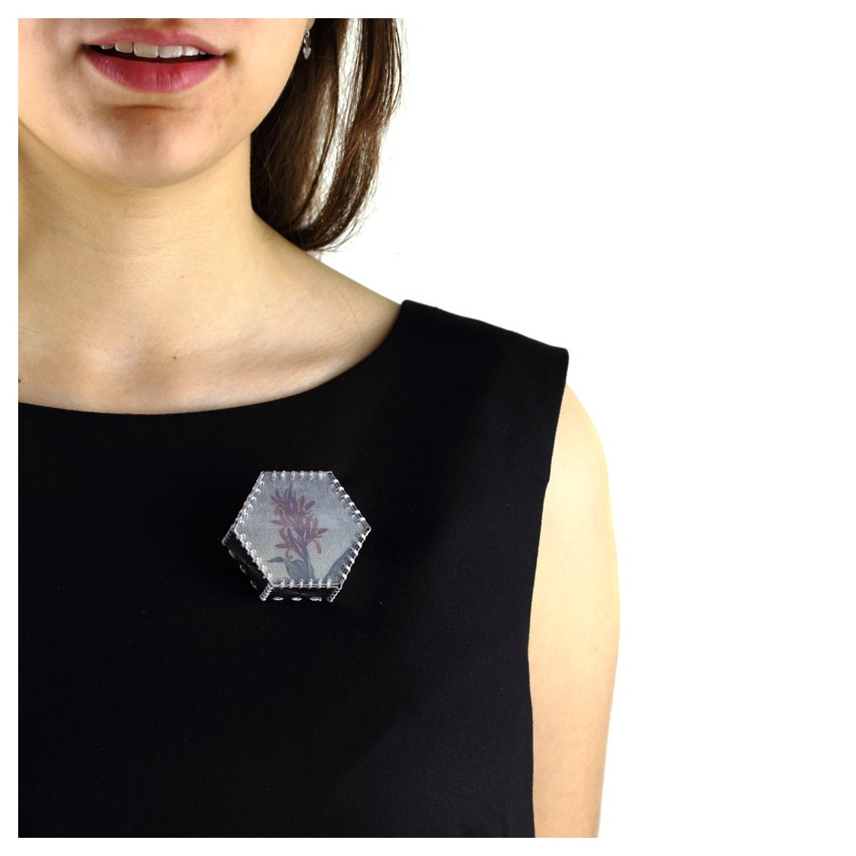 Chiara Scarpitti 20D - Limited Edition - Correspondences - Brooch made of silver, steel, plexiglass, printed cloth.