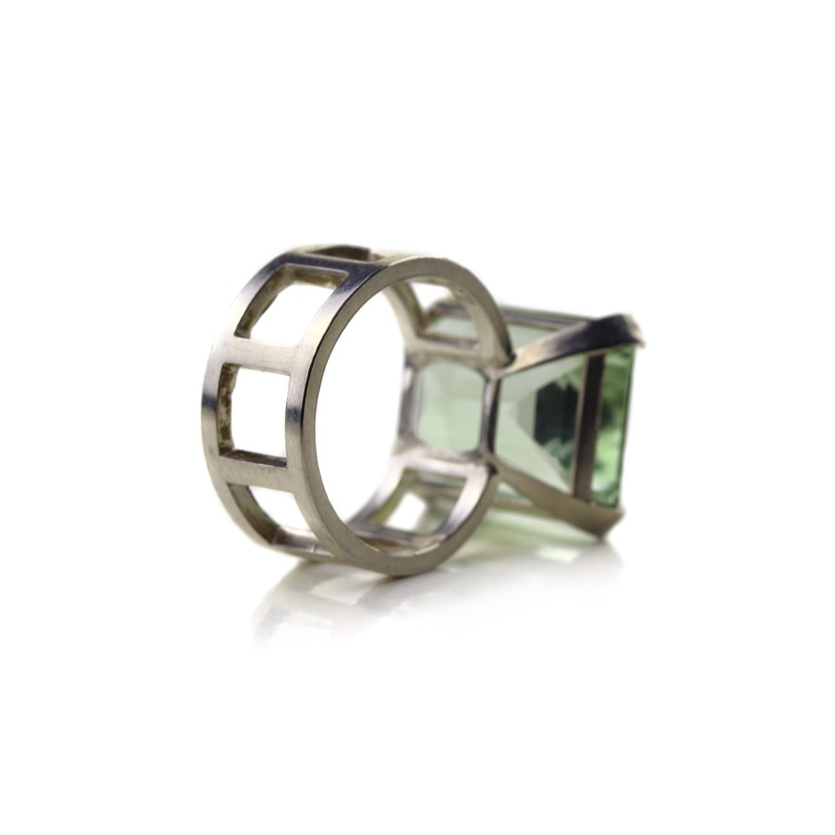 Melanie Kolsch 09C - Ring - Silver and brazilian prasiolite