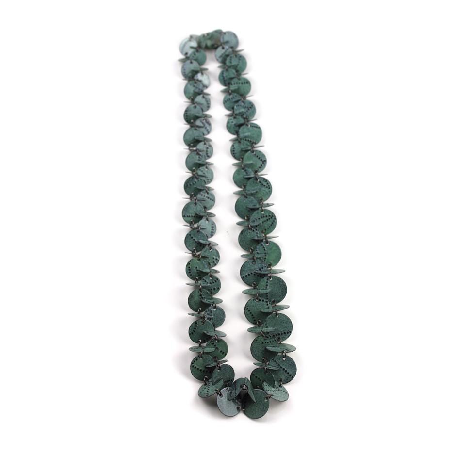 Silke Trekel 14B - Necklace - Vertebra - Chased iron, enamelled, oxidized silver