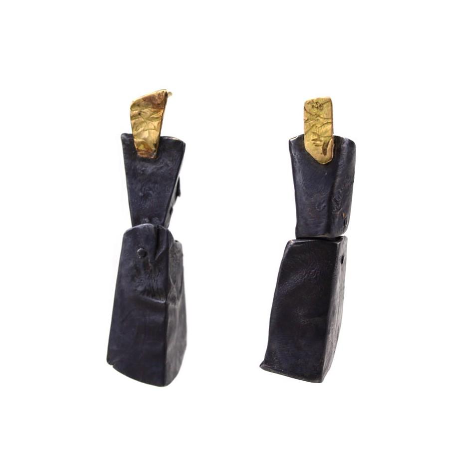Dina Abargil 23A - Earrings - Shibuichi, oxidized silver and yellow gold