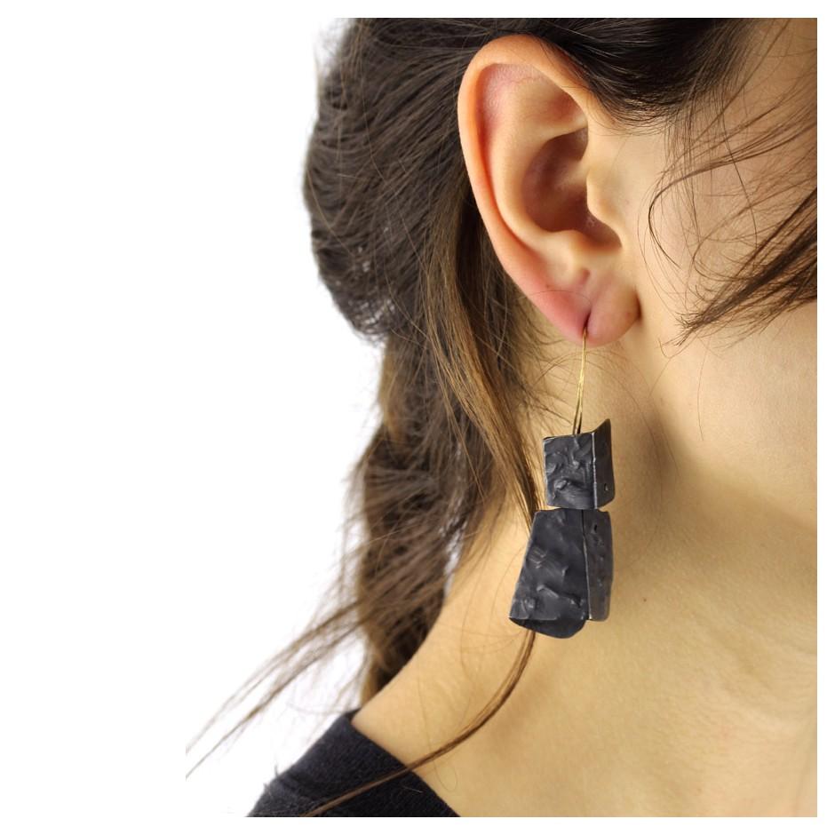 Dina Abargil 22E - Earrings - Shibuichi, oxidized silver and yellow gold
