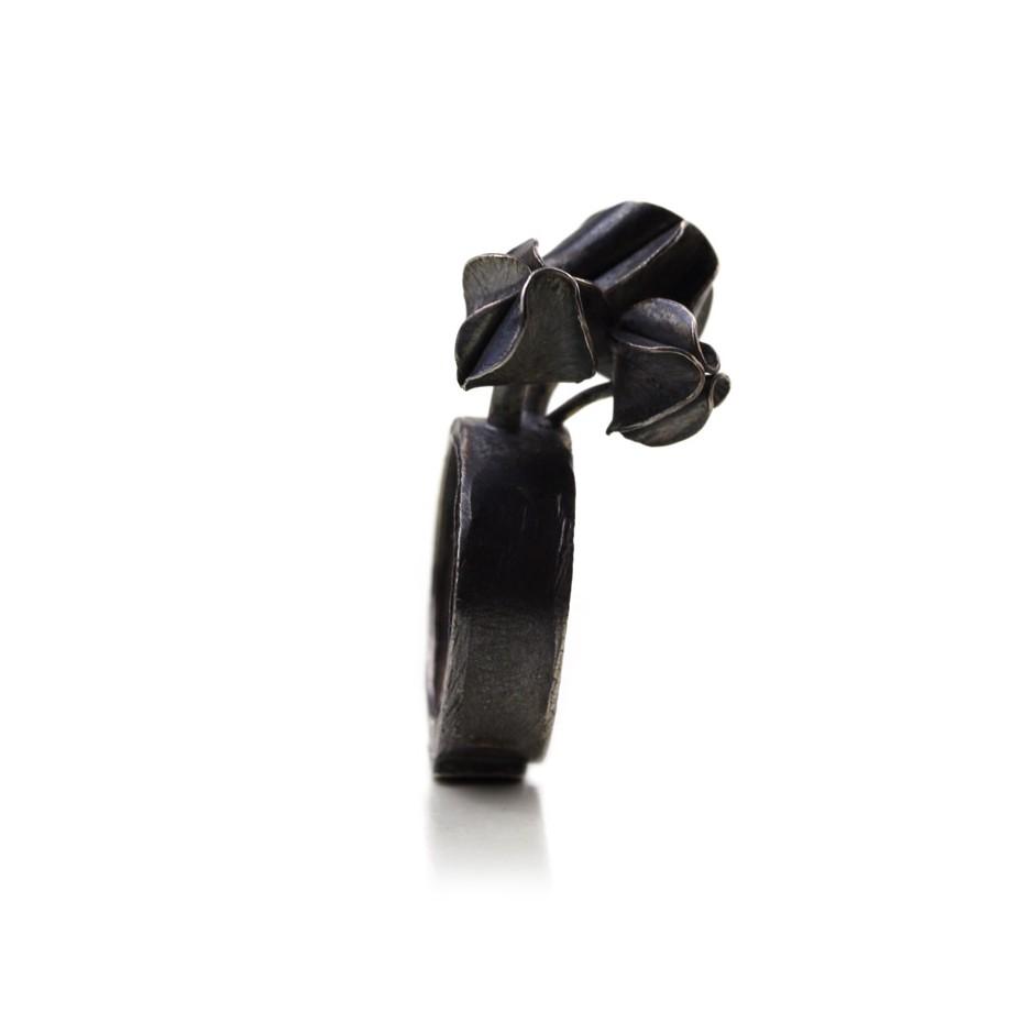 Ute Kolar 28B - Ring - Oxidized silver