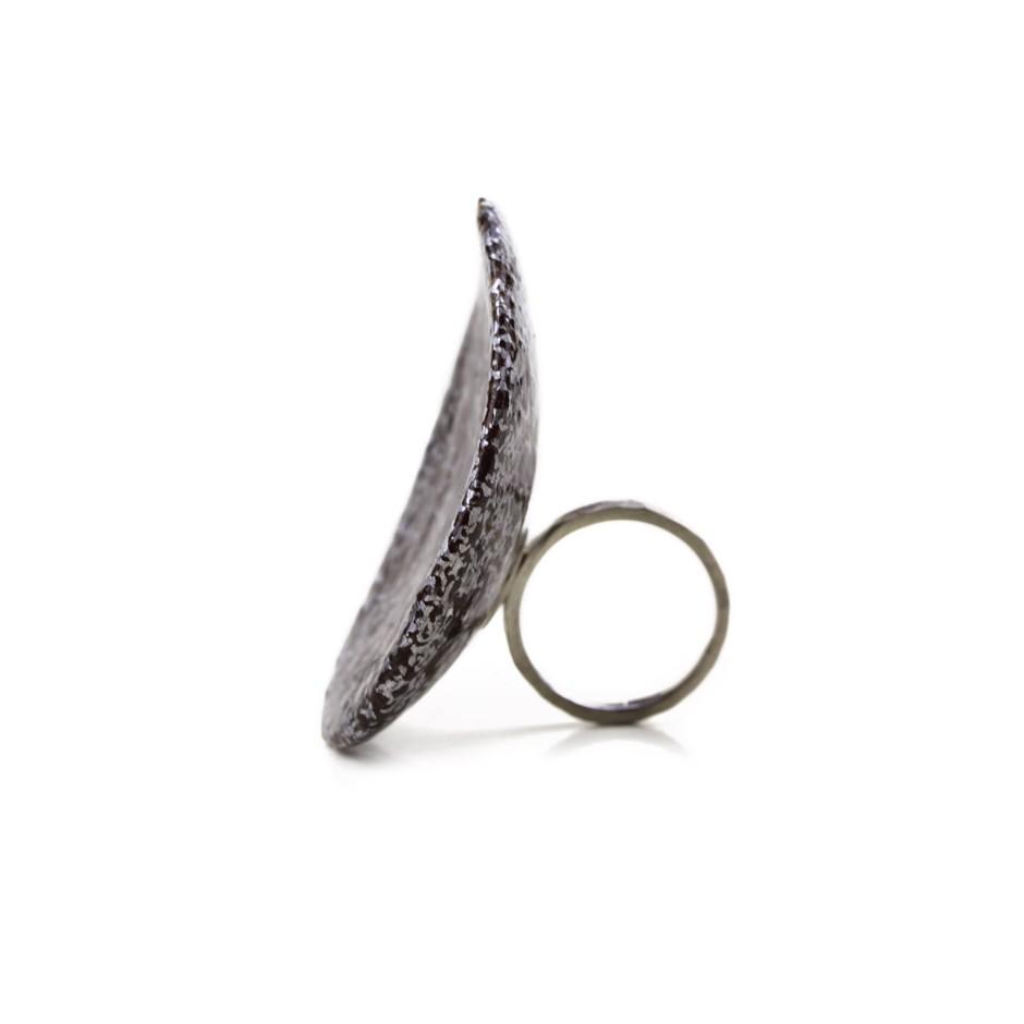 Francesca Antonello 02B - Ring - Beyond the skin II - Silver, cherry wood, aluminium foam