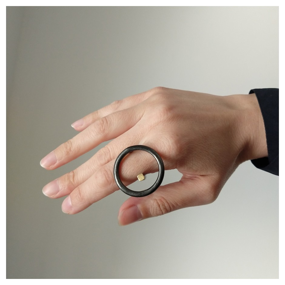 Laura Forte 04B - Ring - Objective - Oxidized silver and gold