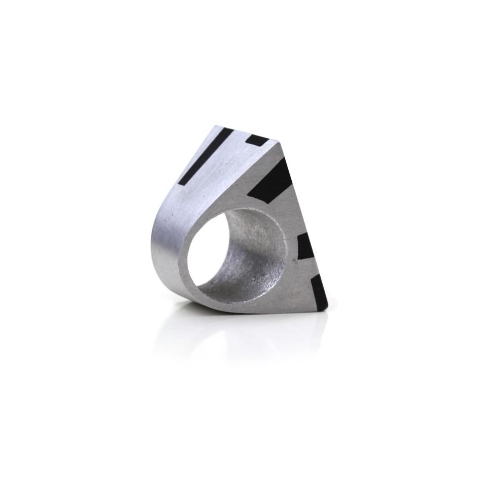 Guido Angeletti 03C - Manhattan - Aluminum and resin