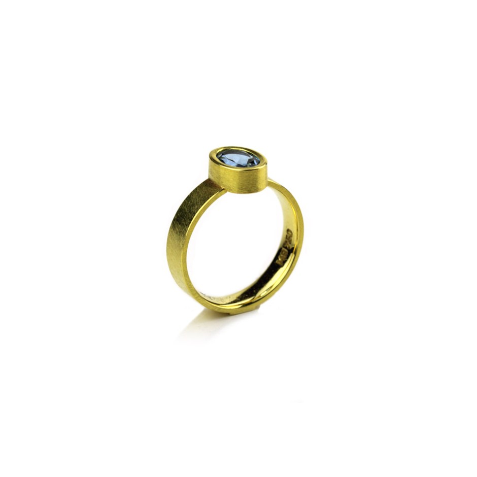 Michael Becker 14A - Ring - Yellow gold and aquamarine