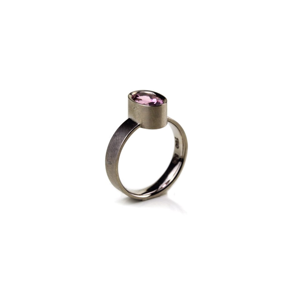 Michael Becker 16A - Ring - White gold and pink tourmaline