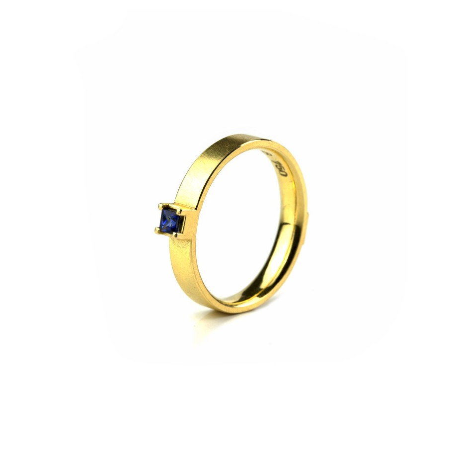 Michael Becker 10A - Ring - Yellow gold and sapphire
