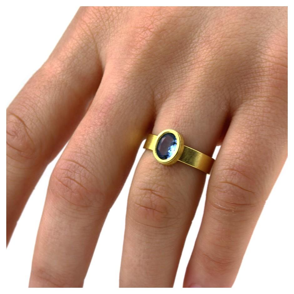 Michael Becker 14D - Ring - Yellow gold and aquamarine