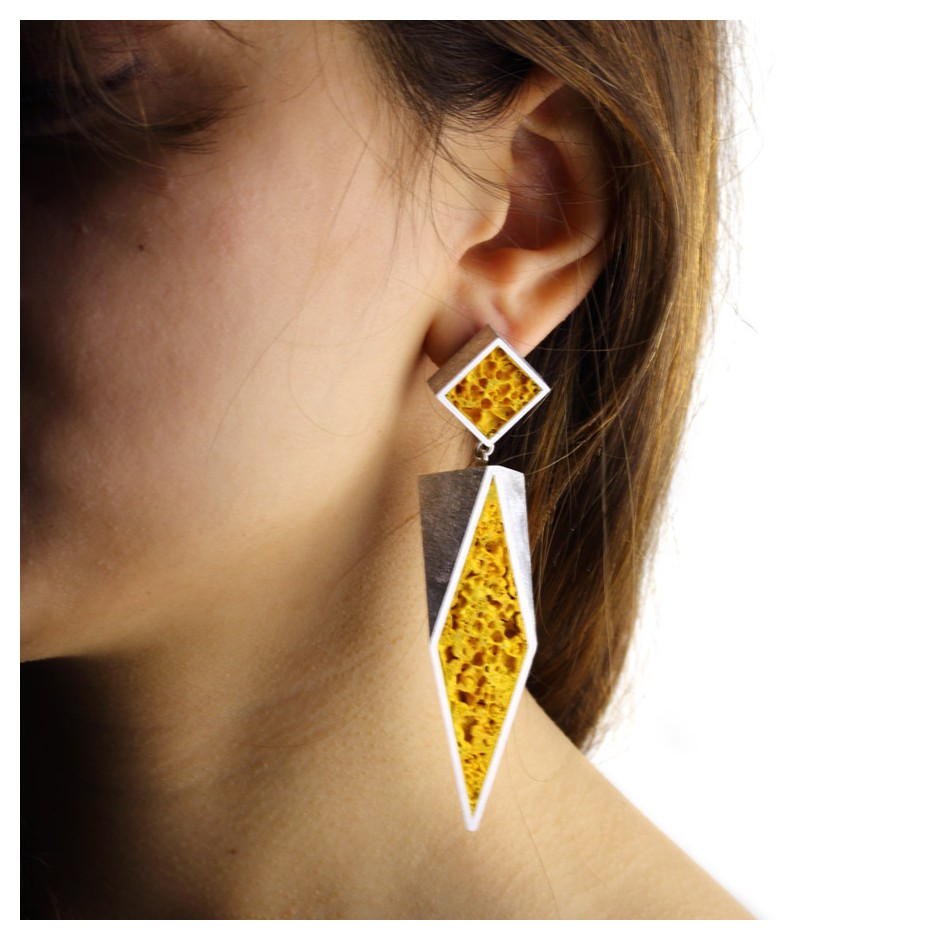 Guido Angeletti 32C - Earrings - Aluminum with yellow resin