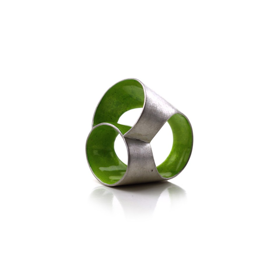 Carola Bauer 27A - Ring - Silver and green enamel ring