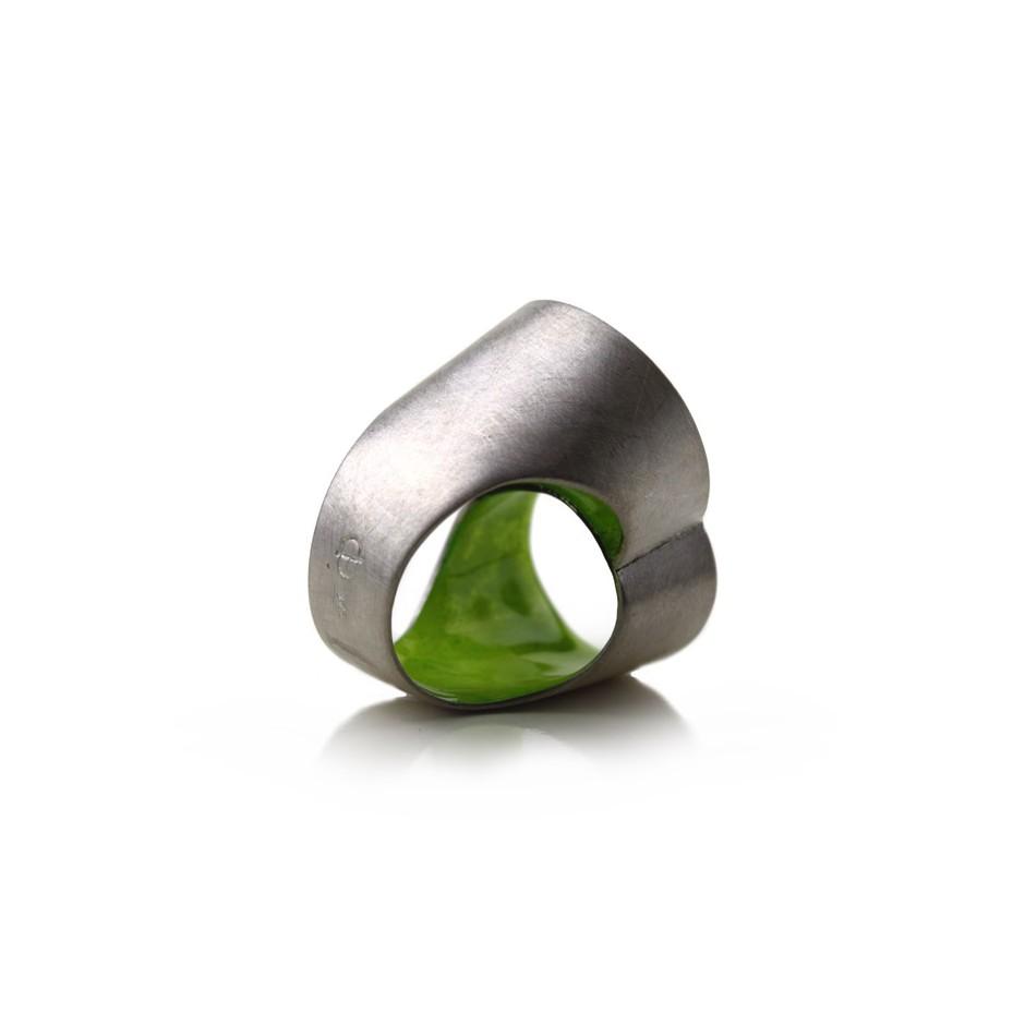 Carola Bauer 27C - Ring - Silver and green enamel ring