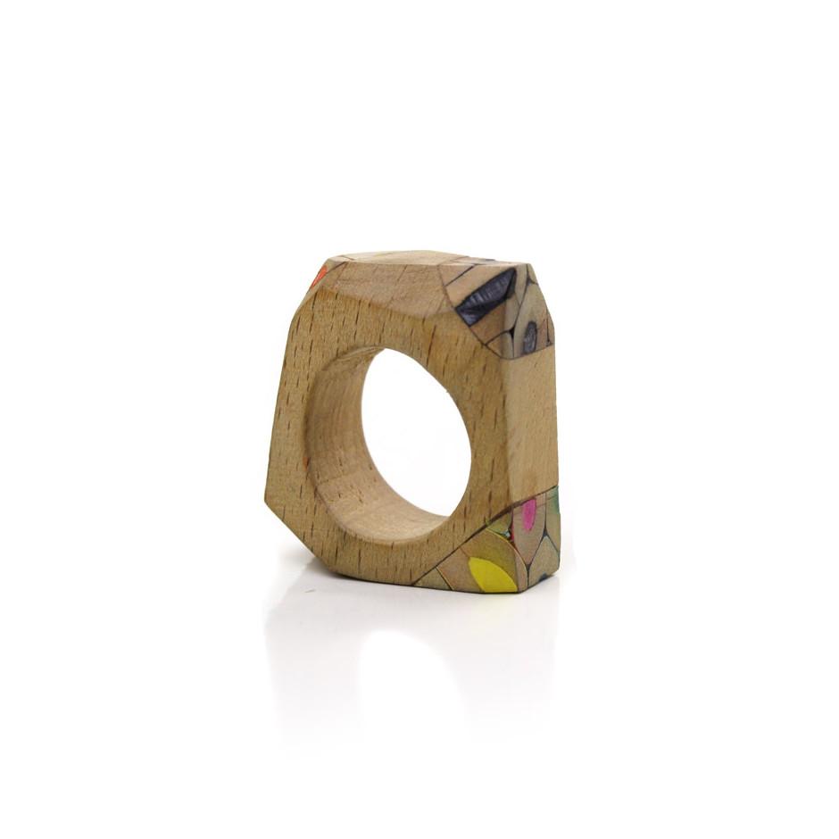 Maria Cristina Bellucci 24A - Ring - colored pencils and wood