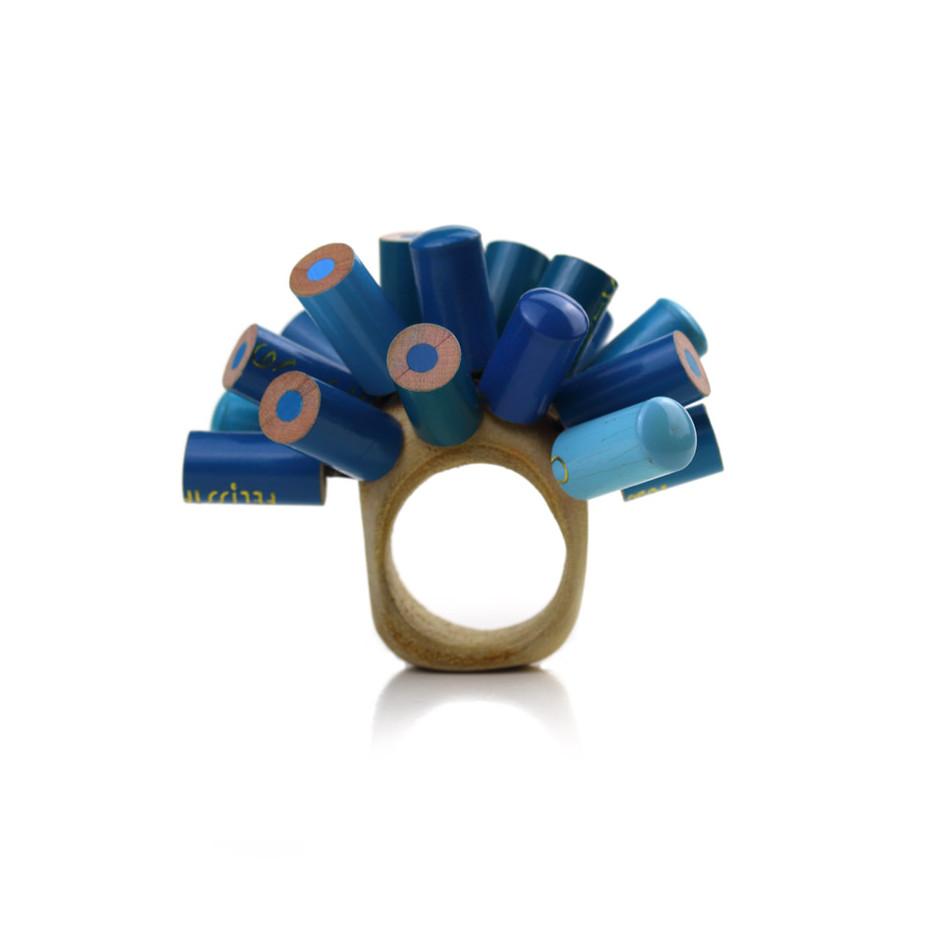 Maria Cristina Bellucci 26A - Ring - colored pencils, wood